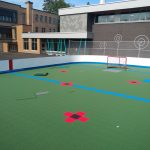 Du hockey de terrain (deck hockey) à Bedford