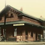 Les fenêtres de la vieille gare